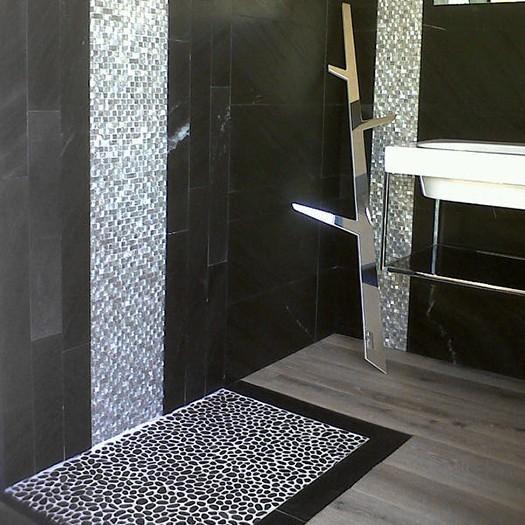 Mosaico Di Sassi Di Fiume Black Matt 30 5x30 5 Cm Riviera Boxer